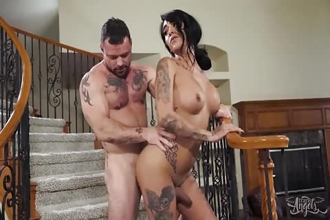 beautiful brunette tranny with sexy tattooes ass fucked